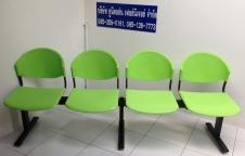 เก้าอี้โพลีแถว โครงขาเหหล็ก ที่นั่งและพนักพิง โพลีโพพีรีน เกรด A