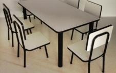 ชุดโต๊ะอนุบาล 1ชุดประกอบด้วย โต๊ะ 1 ตัว เก้าอี้ 6 ตัว