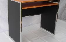 โต๊ะคอมพิวเตอร์ รุ่น Standard โครงสร้างเป็นเหล็กเชื่อมตาย