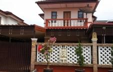 ขายบ้าน 2 ชั้น 2 ห้องนอน 2 ห้องน้ำ 1 ห้องครัว ที่จอดรถ สภาพนางฟ้า