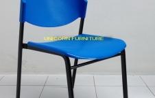 เก้าอี้โพลี ขาเหล็กแป๊ปไข่  ขนาด 30x15 mm หนา1.2มิล