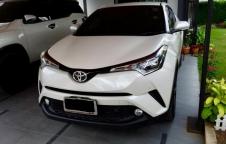 ขาย Toyota C-HR รุ่น 1.8 Mid Model ปี 2019
