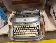 Ea – 11 ของ สะสม ร้าน ขาย ของเก่า เครื่องพิมพ์ดีด 086-3771698