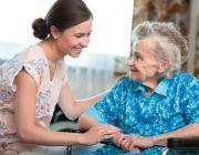 รับสมัครคนดูเเลผู้สูงอายุ ดูเเลผู้ป่วย พักประจำ เริ่มงานทันที