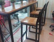ชุดโต๊ะบาร์ขาเหล็ก พร้อมเก้าอี้บาร์ 3ตัว