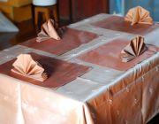 บริการผลิตผ้าปูโต๊ะผ้าไหม รับผลิตผ้าเช็ดปากผ้าไหม สั่งผลิตผ้ารองจาน โรงงานผลิตผ้